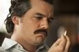 誰が実在の麻薬王パブロ・エスコバルを殺したのか?『ナルコス』シーズン2予告編